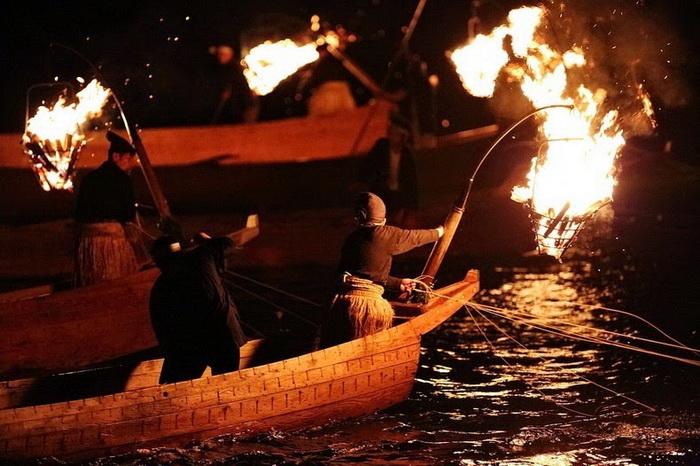 Ukai: древняя рыбалка с бакланами