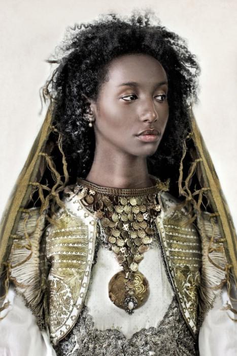 Есни из Эфиопии была удочерена жителями Дании.