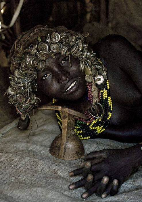 Забавные украшения африканских племен