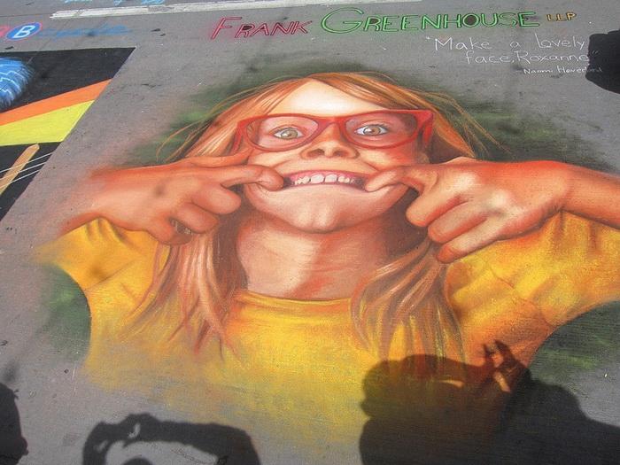 Художественный фестиваль на центральной площади Денвера