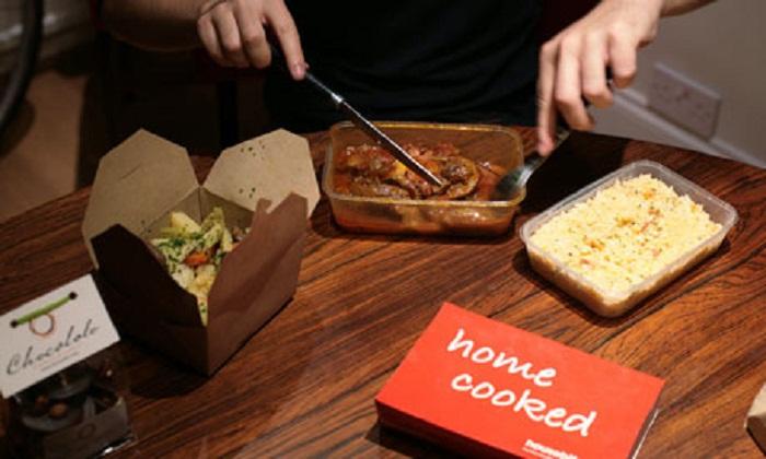 В дополнение к привычной еде британский ресторан Housebites предлагает также и грязную посуду