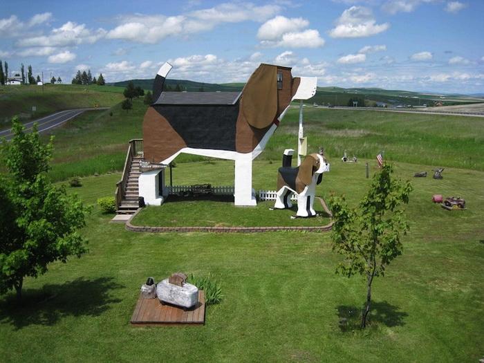 Милашки Вилли и Тобби - настоящая достопримечательность города Коттонвуд (штат Айдахо, США)