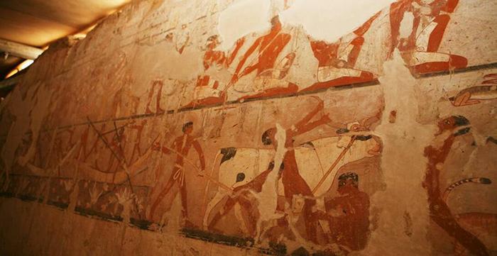 Рисунки прекрасно сохранились на протяжении 4 тысячелетий.
