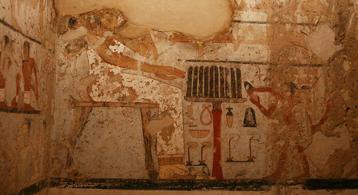 Предположительно, пещера принадлежала жрице Хетпет.