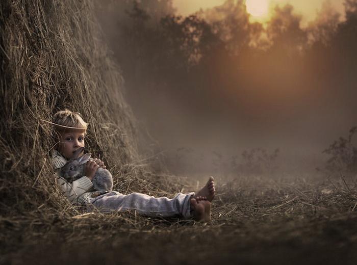 Елена Шумилова фотографирует своих сыновей