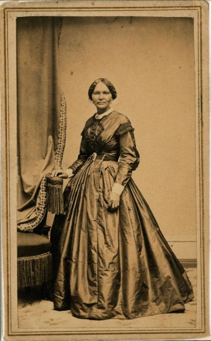 Элизабет Кекли - рабыня, которой удалось вырваться на свободу и прославиться