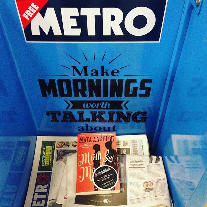 Эмма Уотсон оставила 100 книг в метро