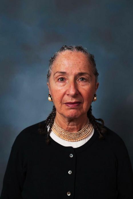 Женщины среднего возраста с афроприческами: фотопроект от Endia Beal