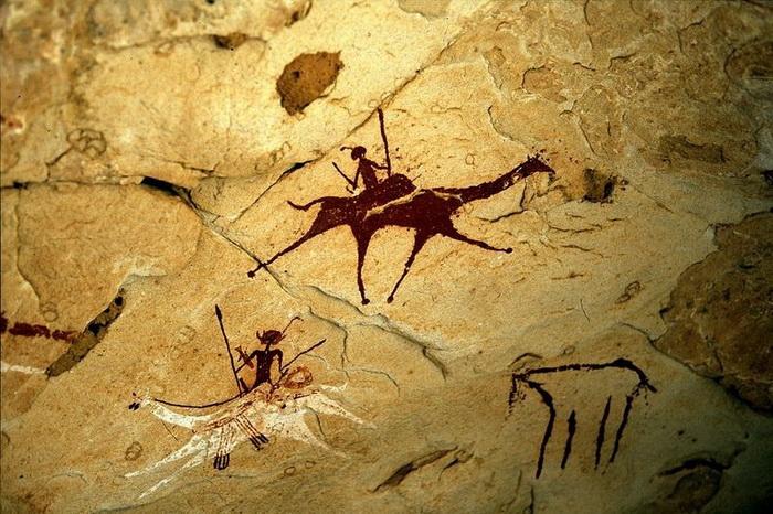 Наскальные рисунки на плато Эннеди