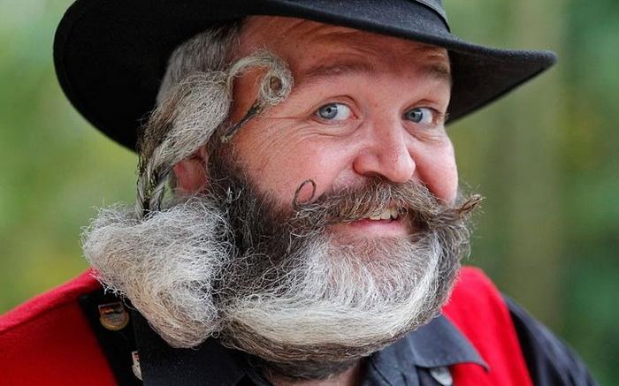 Элмар Вайсер на Чемпионате бороды и усов во Франции