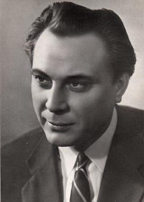 Портрет Евгения Матвеева.