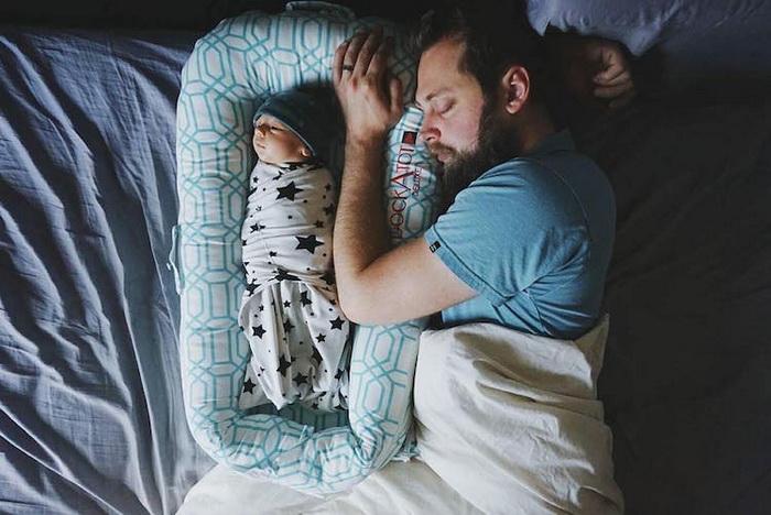 Самый крепкий сон - когда отец рядом.