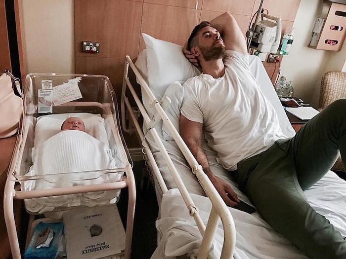 Брать больничный может не только мама.