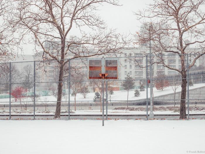 Баскетбольные кольца на улицах Нью-Йорка