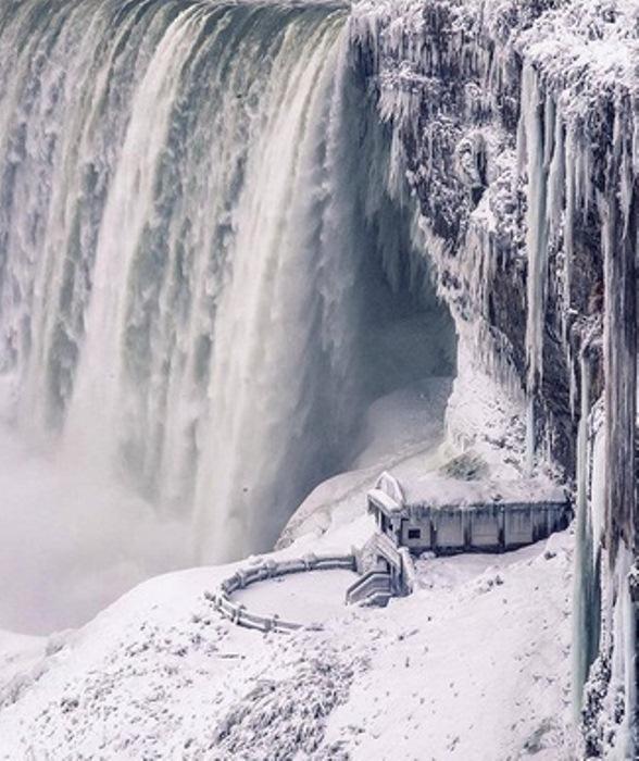 Экстремальные заморозки в Северной Америке.