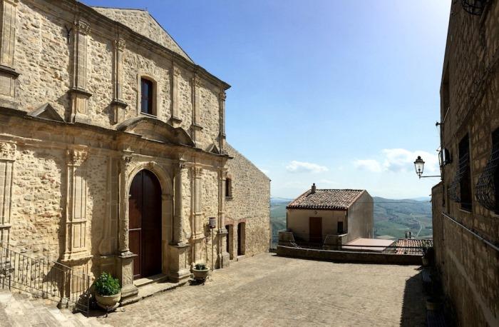 Бесплатные дома в городе Ганджи, Сицилия