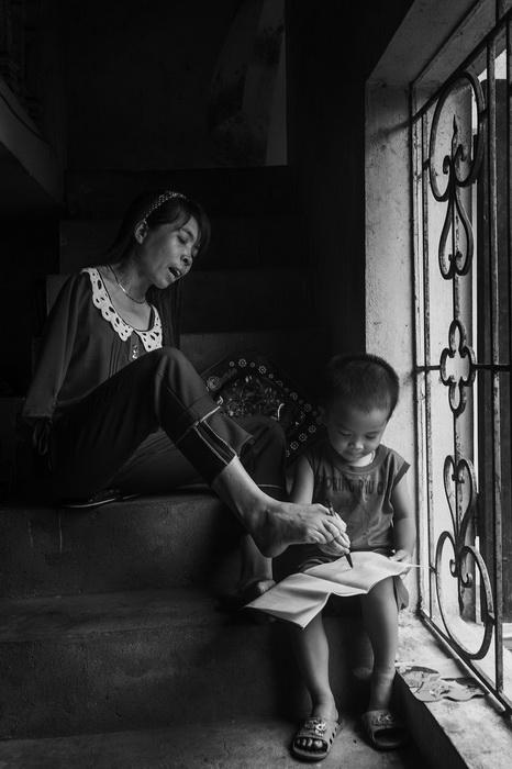 Девушка без рук умеет писать
