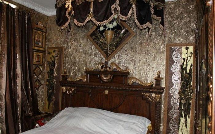 Помпезная спальня