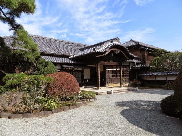 Неприметный храм Готоку-дзи