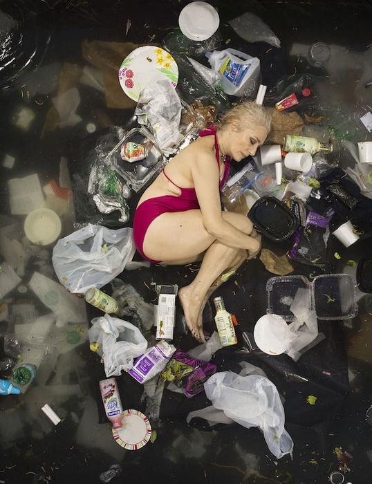 7 дней мусора: фотоцикл от Грегга Сегала (Gregg Segal)
