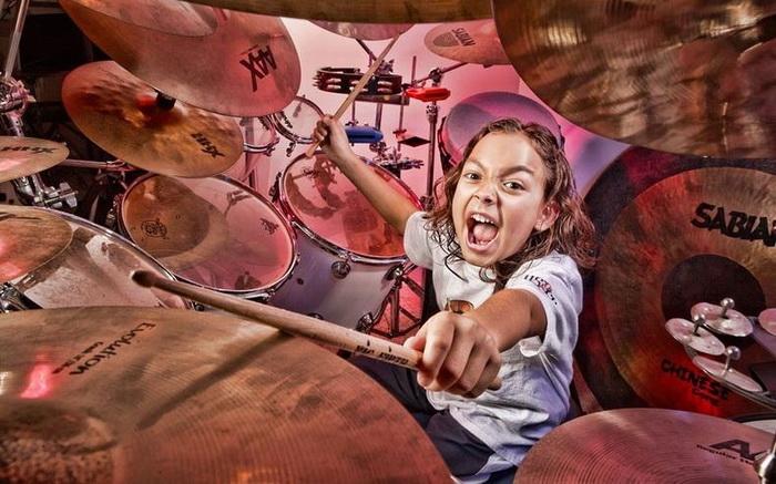 Пятилетний барабанщик Julian Pavone