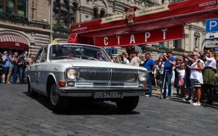 ГАЗ-24 *Волга*. Эта модель была снята с производства только в 1992 году.