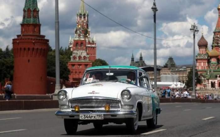 ГАЗ-21 *Волга*.