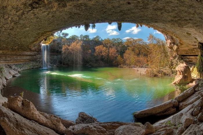 Бассейн Гамильтон в штате Техас