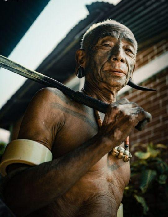 Представителей племени коньяки историки называют охотниками за головами.