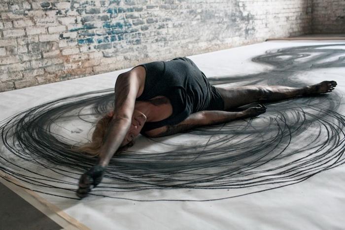 Каждое движение Heather Hansen сродни мазку художника