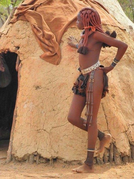 Девушка химба