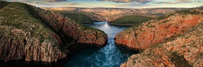 Горизонтальные водопады в Австралии