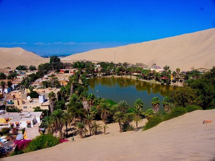 Оазис Уакачина - излюбленное место отдыха перуанцев