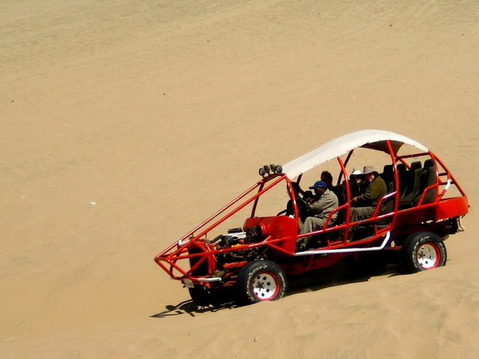 Внедорожник багги для езды по дюнам