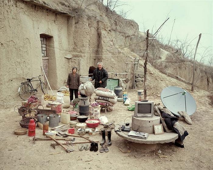 Китайские семьи и их имущество в проекте фотографа Huang Qingjun