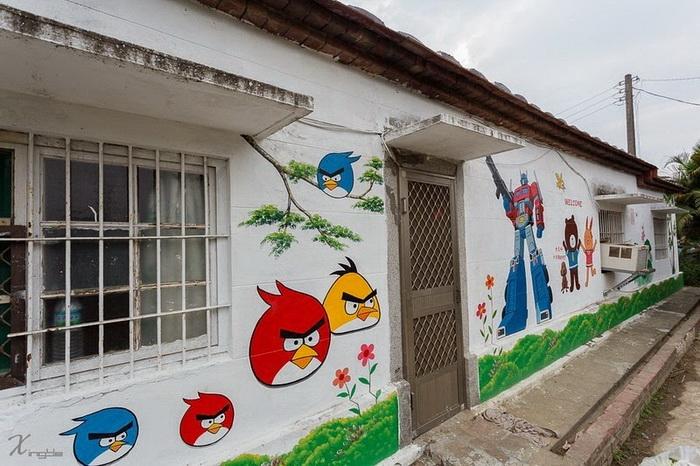 Angry birds: стрит-арт в деревне Huija (Тайвань)