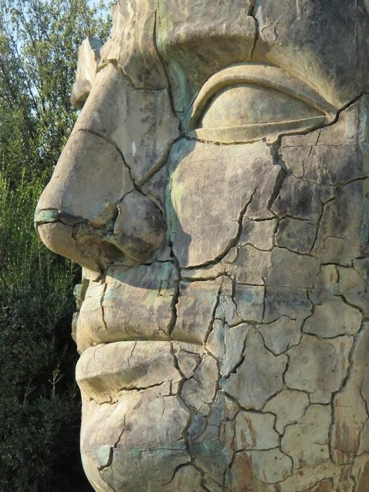 Бронза - любимый материал Игоря Миторая