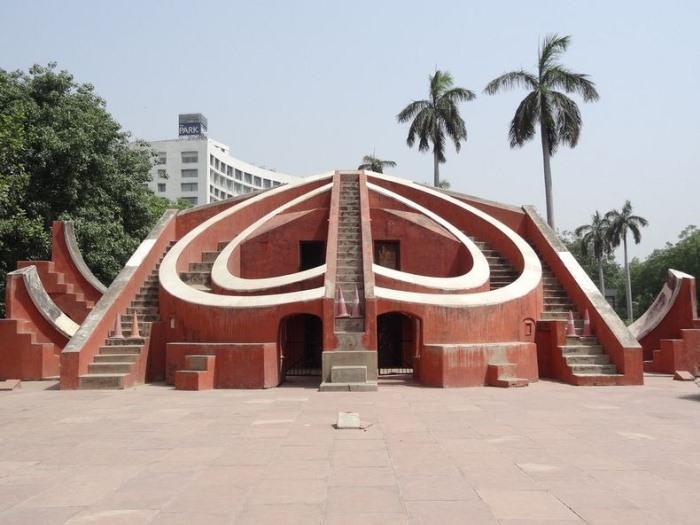 *Jantar Mantars* - комплекс обсерваторий в Индии