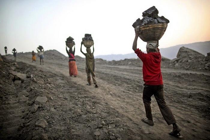 Добыча угля в Джариа (Индия)
