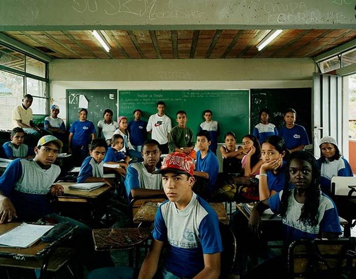 Бразильские школьники на уроке математики (г. Белу-Оризонти)