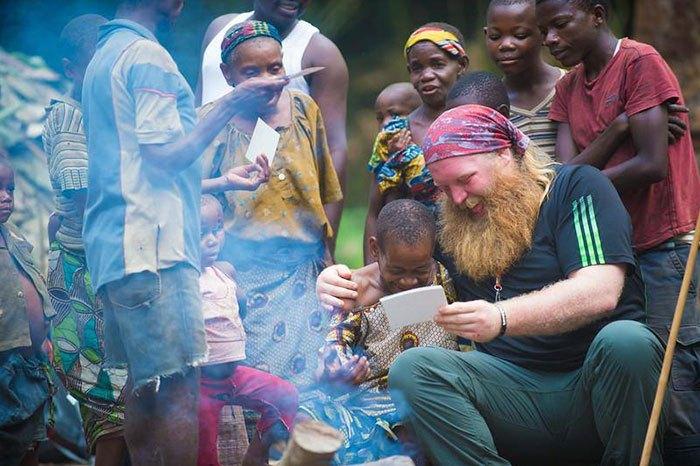 Джастин Рен посвятил свою жизнь помощи африканцам.