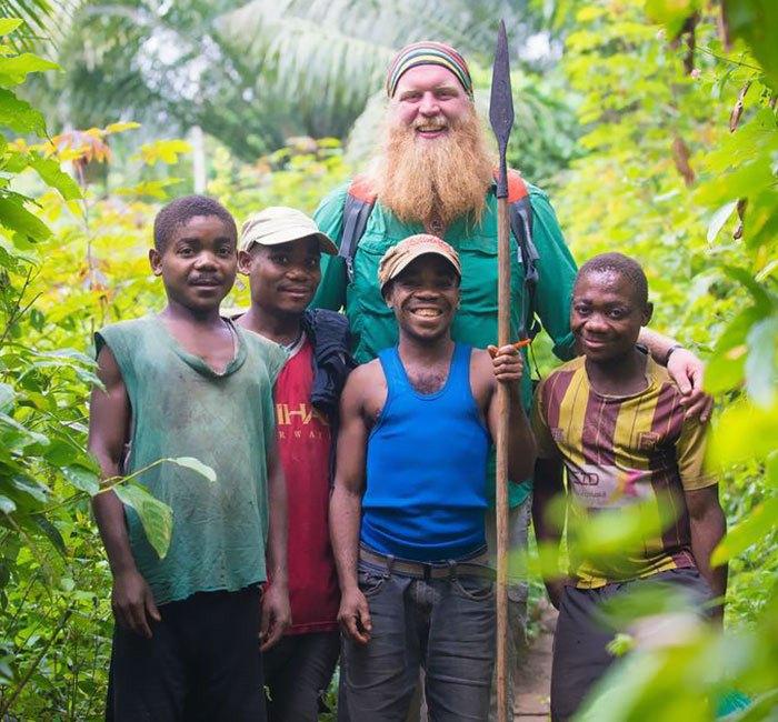 Пигмеи - низкорослое африканское племя.