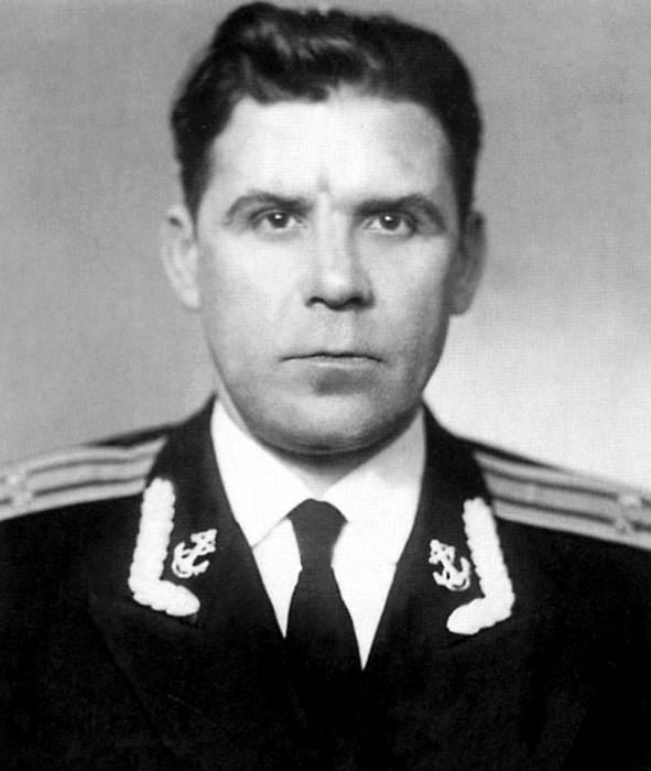 Первый командир К-19 кап. 2 ранга Николай Затеев