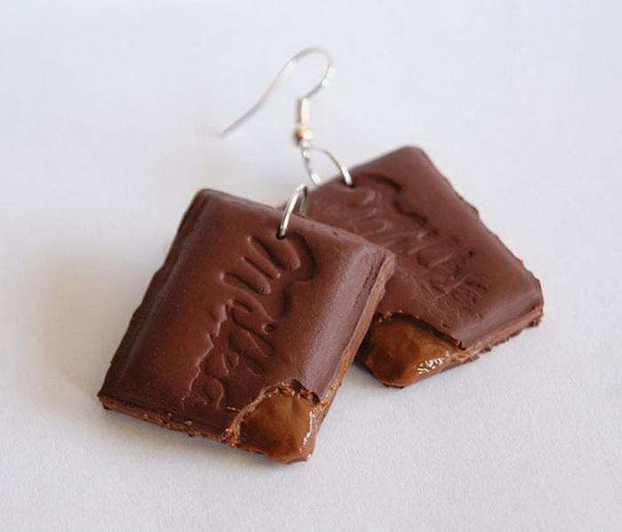 Серьги в виде плиток шоколада