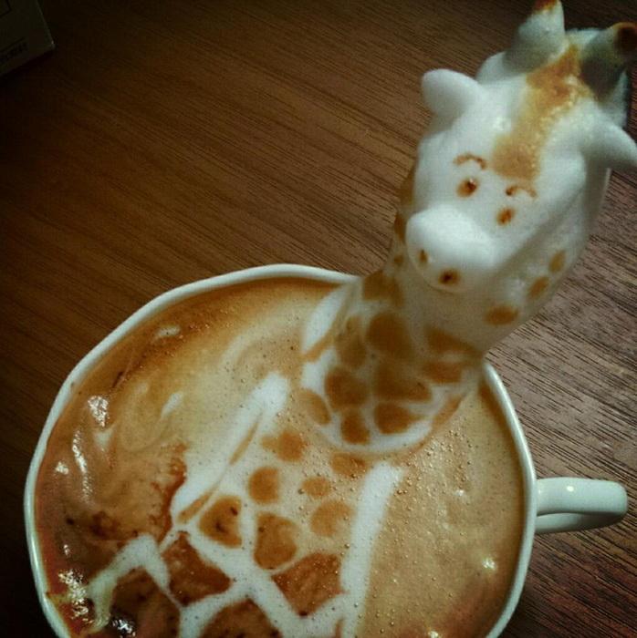 Забавный жираф от Казуки Ямамото