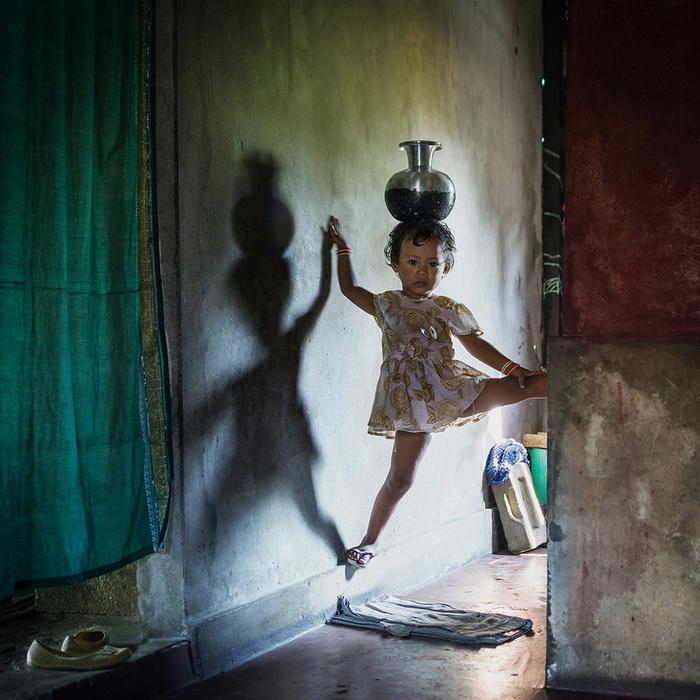 Фотоцикл о девочках народа кхаси