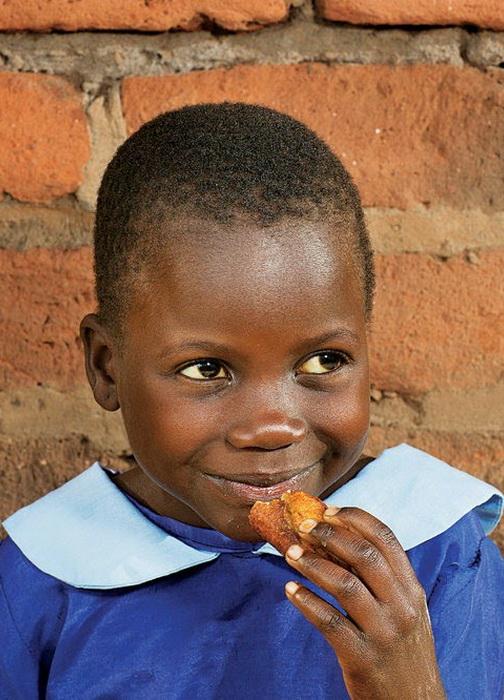 Завтрак 7-летней африканки Emily Kathumba