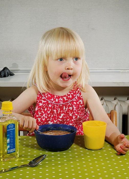 Завтрак 3-летней Birta Gudrun Brynjarsdottir из Исландии
