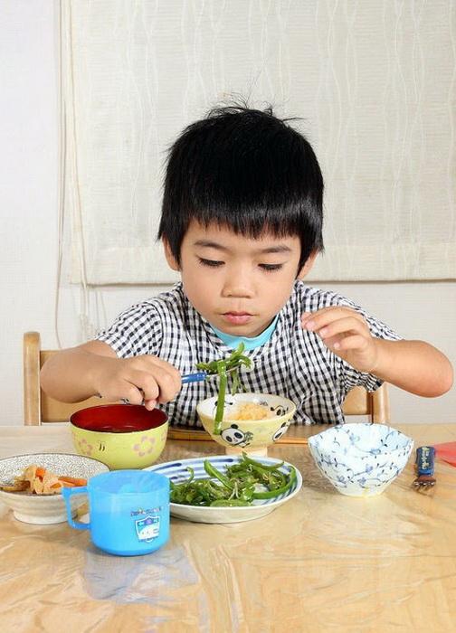 Завтрак 4-летнего Koki Hayashi из Токио