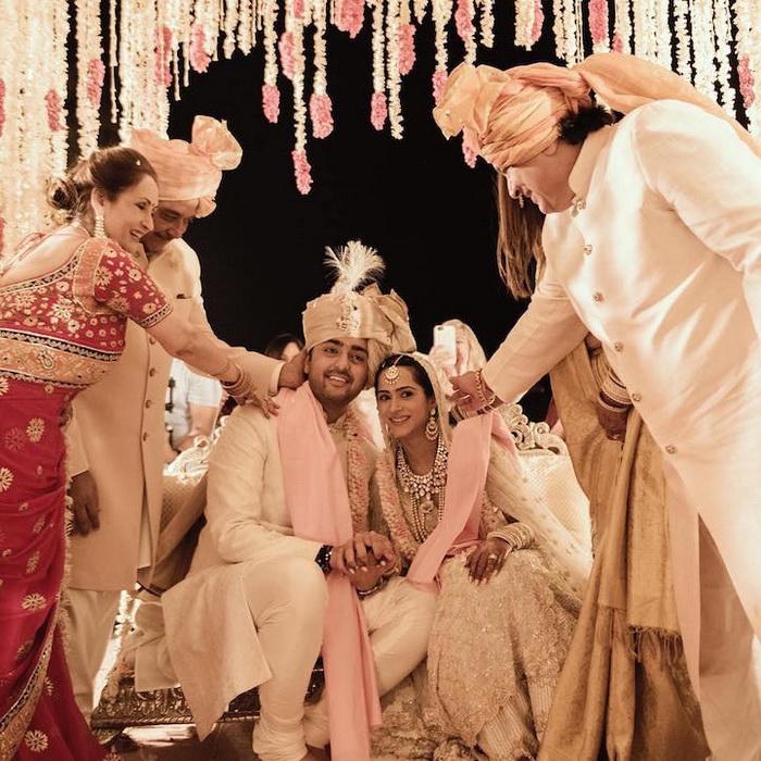 Фотография с традиционной индийской церемонии бракосочетания